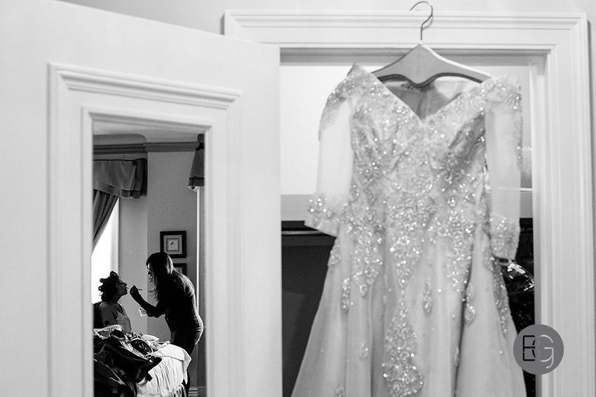 Edmonton-wedding-photographers-hotel-macdonald-ayesha-aubrey05.jpg