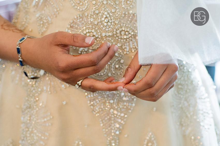Edmonton-wedding-photographers-hotel-macdonald-ayesha-aubrey09.jpg