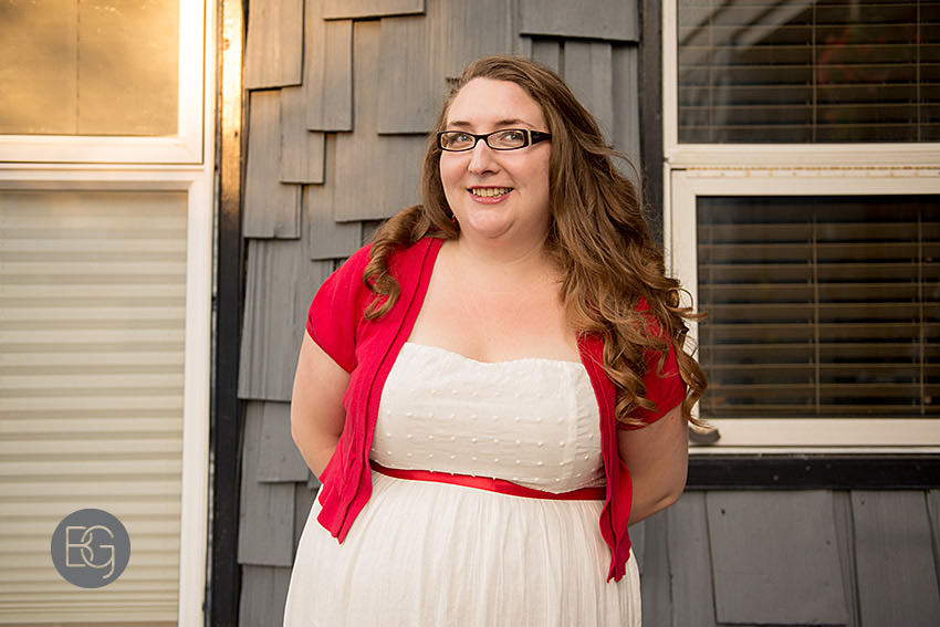 edmonton-wedding-photographers-coral-ted-backyard-summer-13.jpg