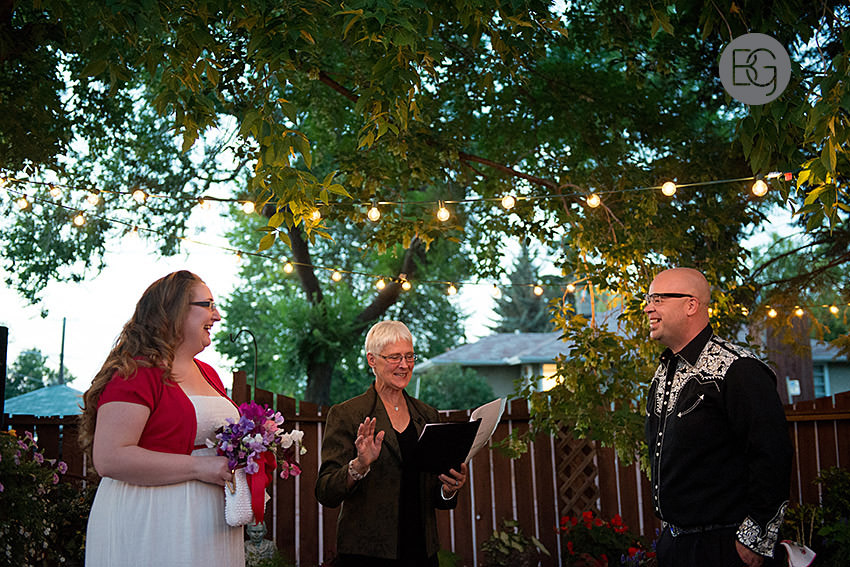edmonton-wedding-photographers-coral-ted-backyard-summer-19.jpg