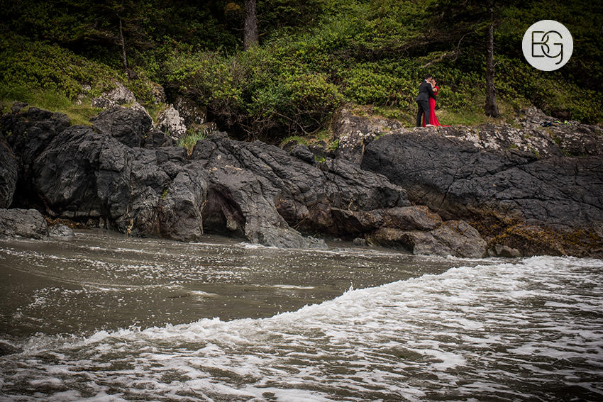LindaMatt_blog_tofino_wedding_28.jpg