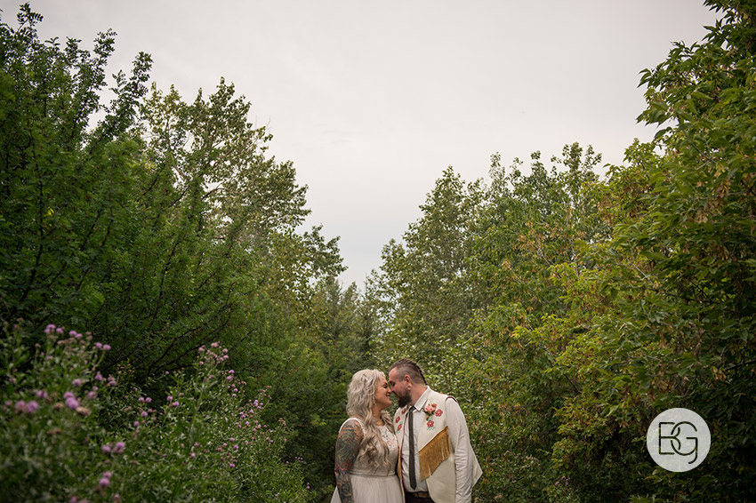 Edmonton-wedding-photographers-nicole-colm-32.jpg