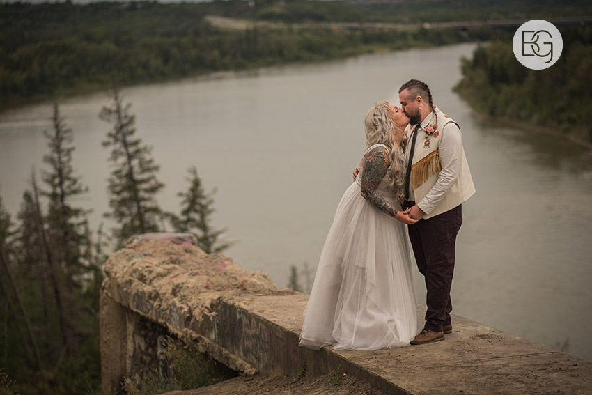 Edmonton-wedding-photographers-nicole-colm-40.jpg