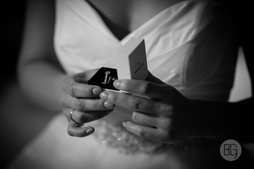Edmonton_wedding_photographers_lindsay_mike_09.jpg
