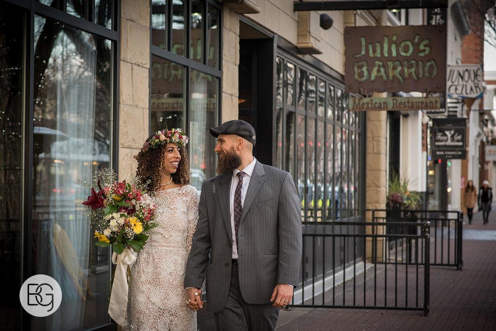 Chloe_Shane_edmonton_wedding_photographer_el_cortez_neon_25.jpg