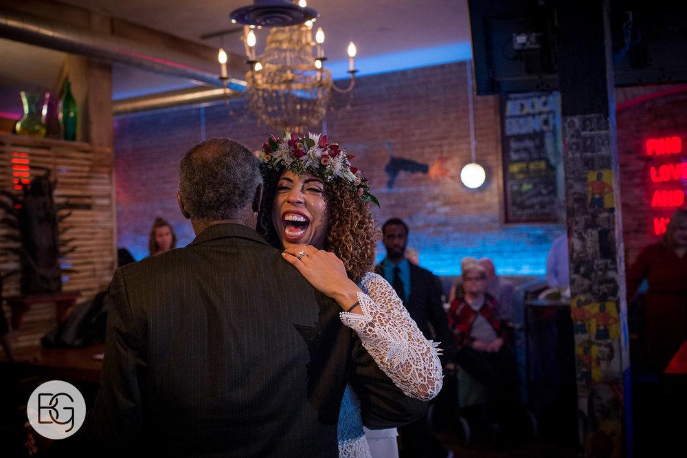 Chloe_Shane_edmonton_wedding_photographer_el_cortez_neon_51.jpg