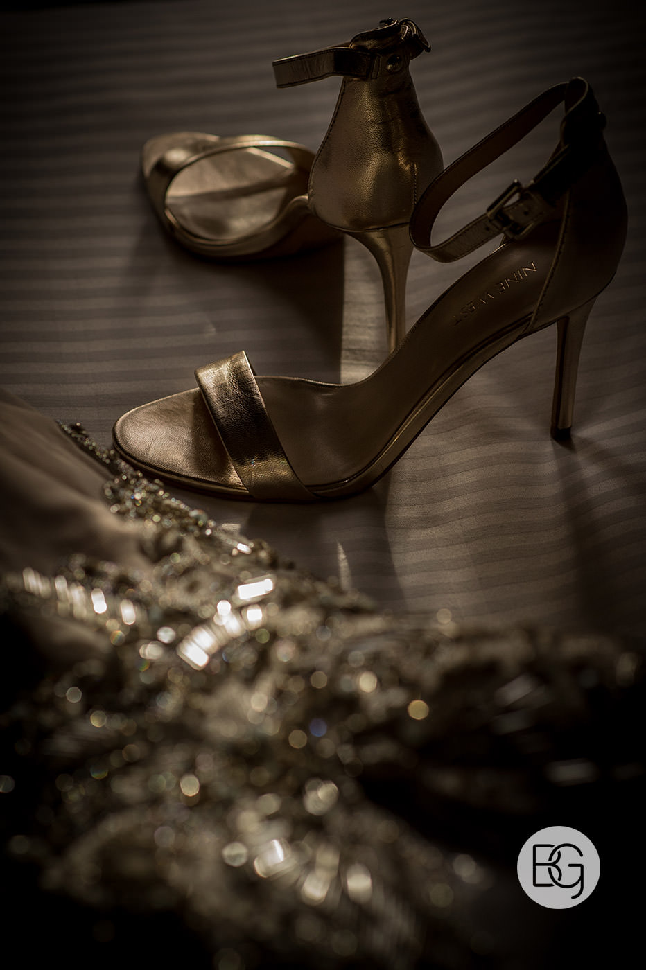 Best edmonton photographers for weddings details gold shoes bride