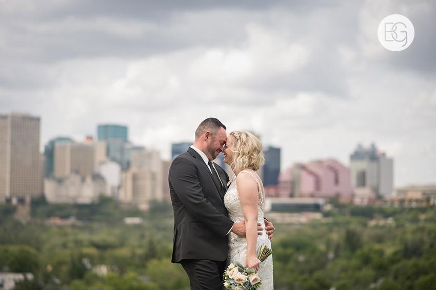 Edmonton_wedding_photographers_delta_south_top_of_the_inn_taylor_kail_08.jpg