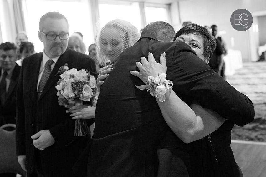 Edmonton_wedding_photographers_delta_south_top_of_the_inn_taylor_kail_21.jpg