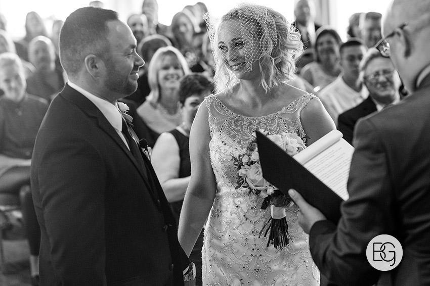 Edmonton_wedding_photographers_delta_south_top_of_the_inn_taylor_kail_22.jpg