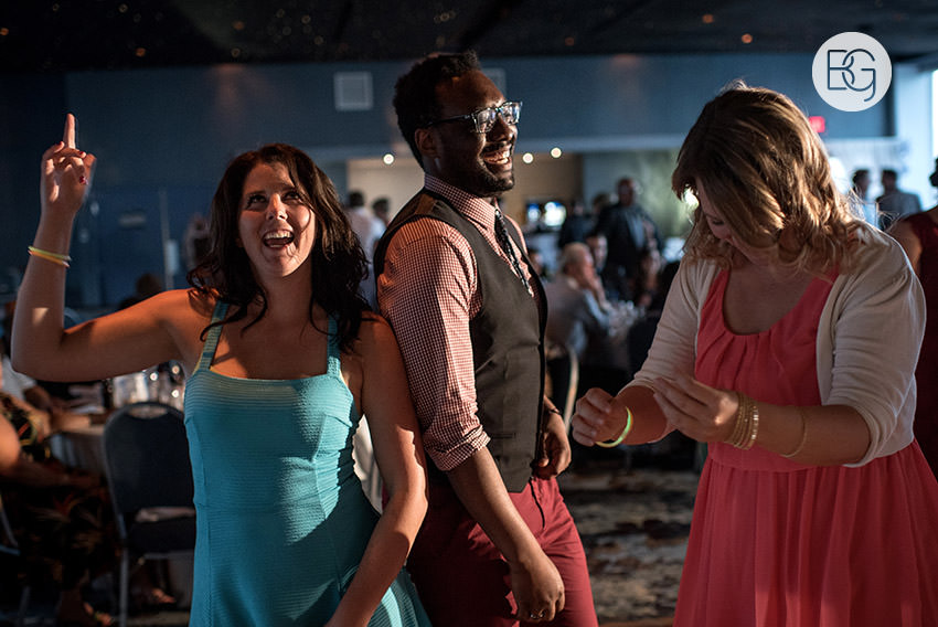 Edmonton_wedding_photographers_delta_south_top_of_the_inn_taylor_kail_33.jpg