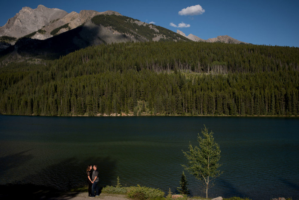Banff_canmore_engagement_elopement_photos_12.jpg