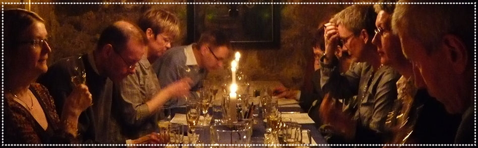 Champagnevinprovning    för två i chambre séparée i Gamla stan,