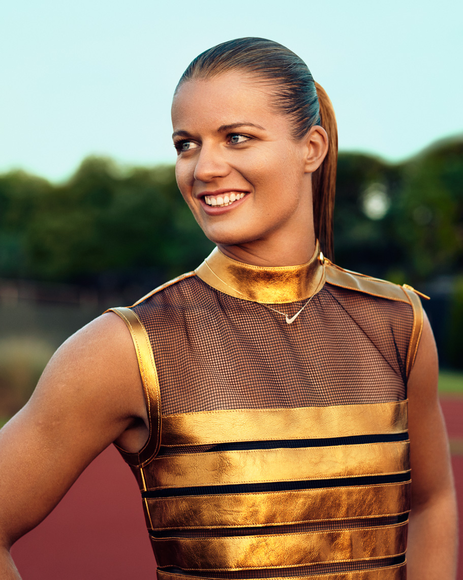 VOGUE_DAFNE_SCHIPPERS_BY_MARC_DE_GROOT_070-153-RGB.jpg