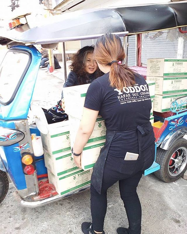 Tuk tuk delivery by Doon! ☕️🛵