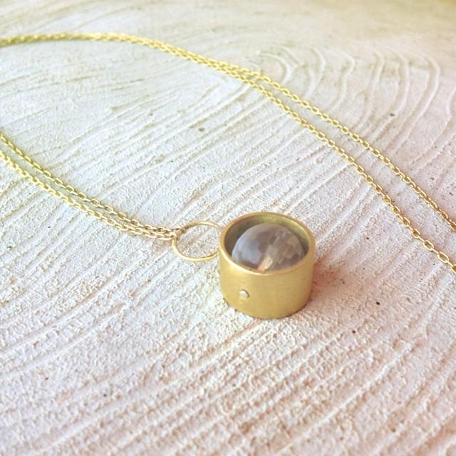 brass necklace w stone.jpg