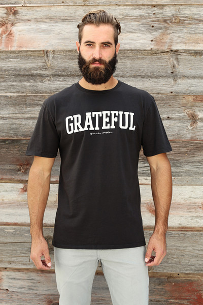 Grateful Tee in Vintage Black