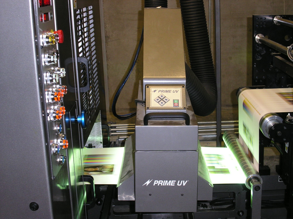 Sanden Express 10 color Web Press equipped with a PRIME UV Curing System.