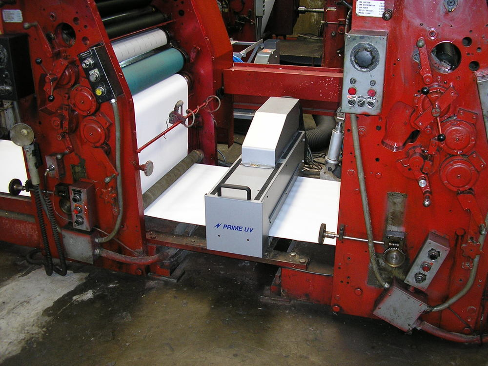 Schriber Web Press equipped with a PRIME UV Curing System.
