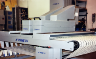 Prime UV's Conveyer System allows our customers to test UV Inks as well as different UV Coatings before going on line
