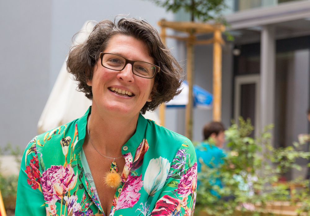 Dr. Julia Fauth