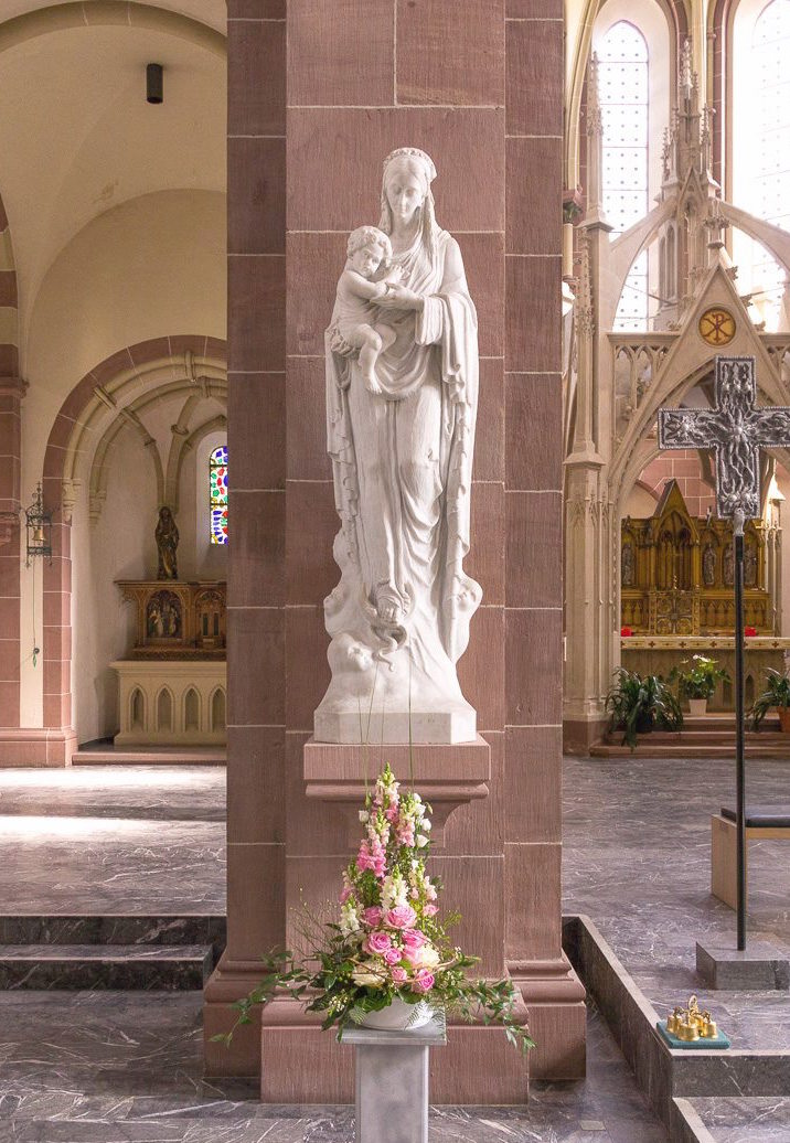 "Marienstatue in unserer Kirche ""Maria Hilf"". Foto: B. Dahlhoff"