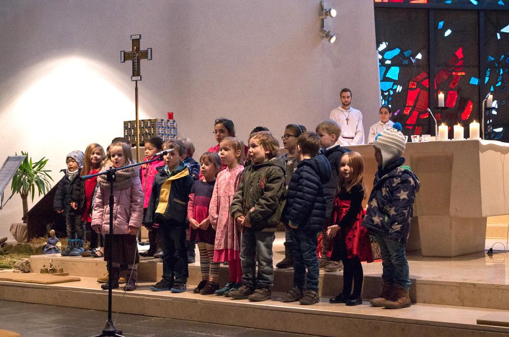 Auftritt der Kindergartenkinder im Gottesdienst.