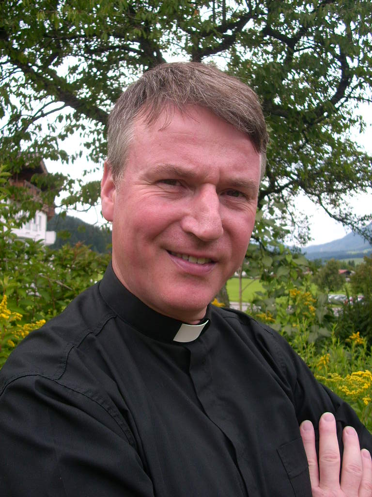 Pfarrer Klaus Krechel ist Seelsorger am katholischen St. Josefs-Hospital in Wiesbaden