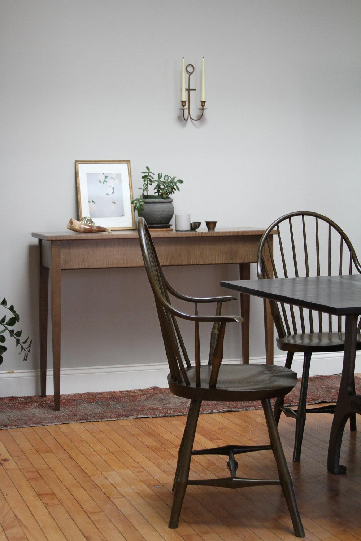 O&G Studio Wayland Elbow Dining Windsor Chair Kelp Stain Ash Highboy