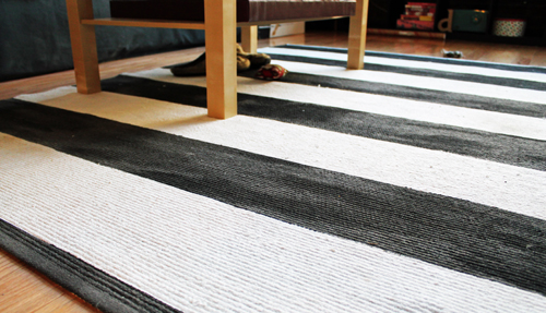 Awesome When I First Saw Posts About Painting Rugs, People Were Asking Questions  About The Feel Of The Rug After Itu0027s Painted. Was It Sticky? Or Was It  Crunchy?