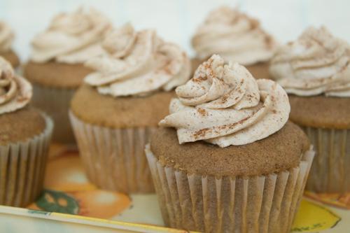 Snickerdoodle Cupcake 3.jpg