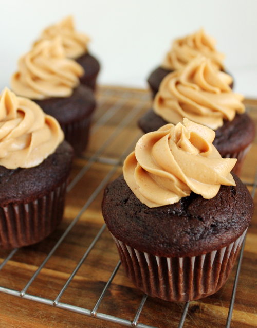 Peanut-Butter-Cupcakes-2.jpg