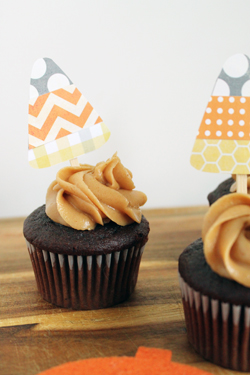 Candy-Corn-Cupcake-Toppers 12.jpg