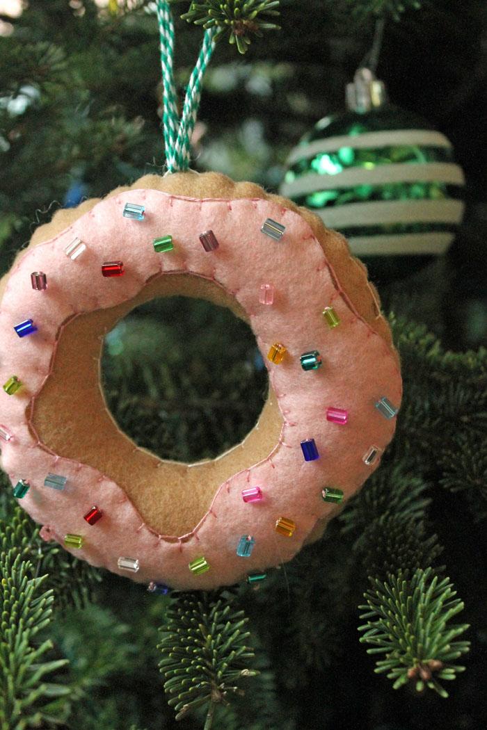 Felt Doughnut Ornament 16.jpg