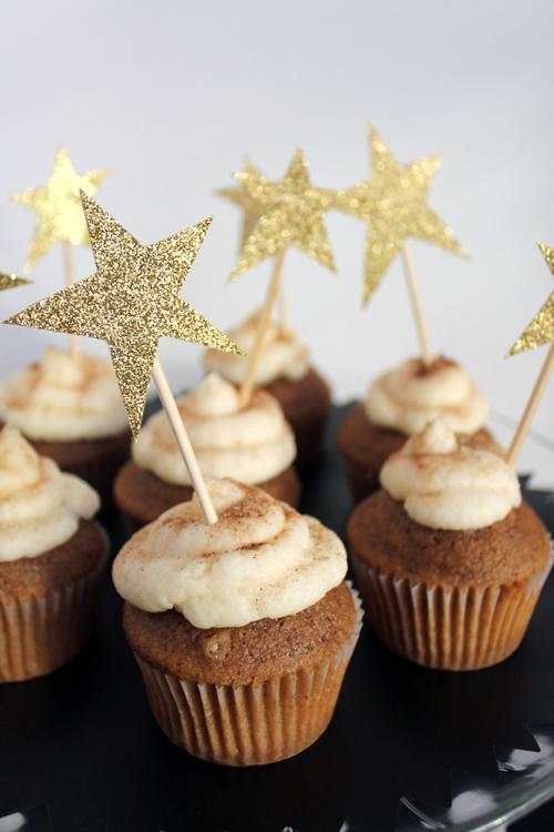 Glitter-Star-Cupcake-Toppers 5.jpg