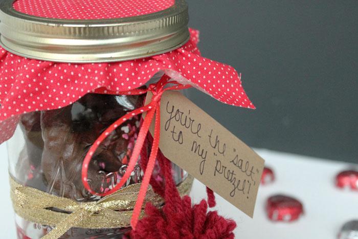 Pretzel Valentine Jar 6.jpg