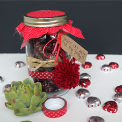 Chocolate Covered Pretzel Valentine in a Jar