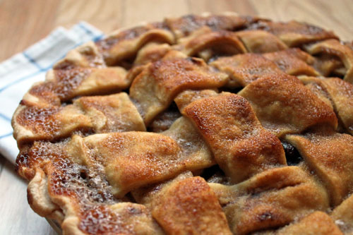 Apple Cranberry Pie via Unusually Lovely