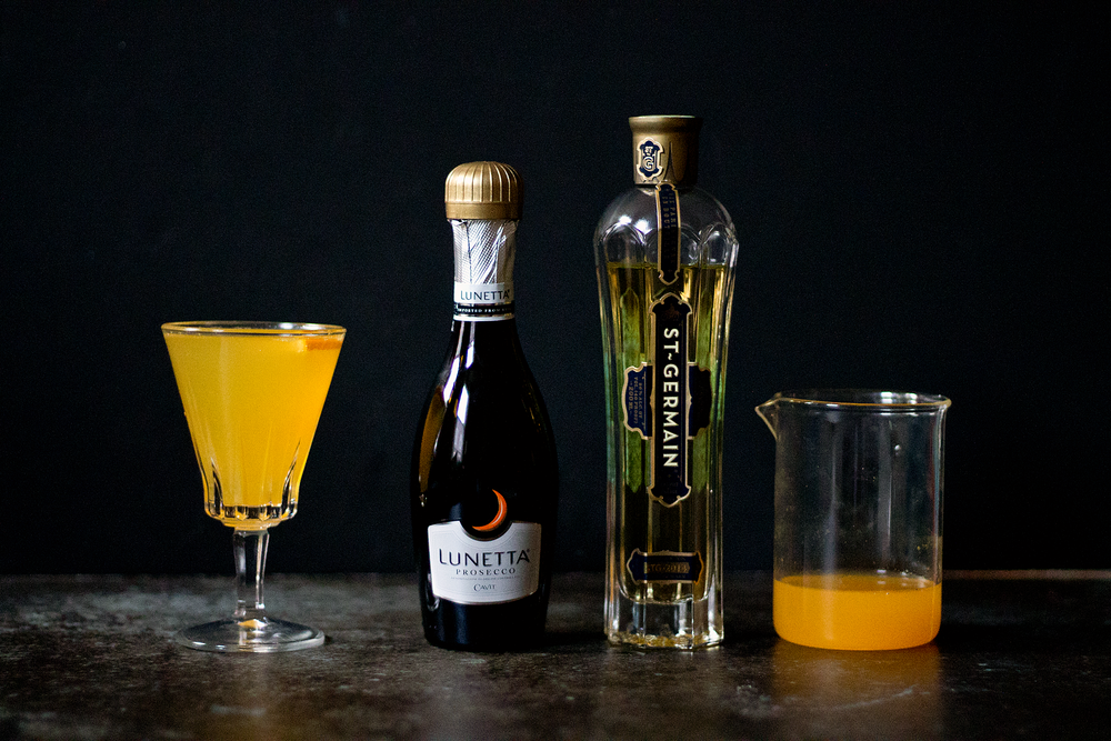 Everything you need for a Tangerine Elderflower Spritz from Unusually Lovely