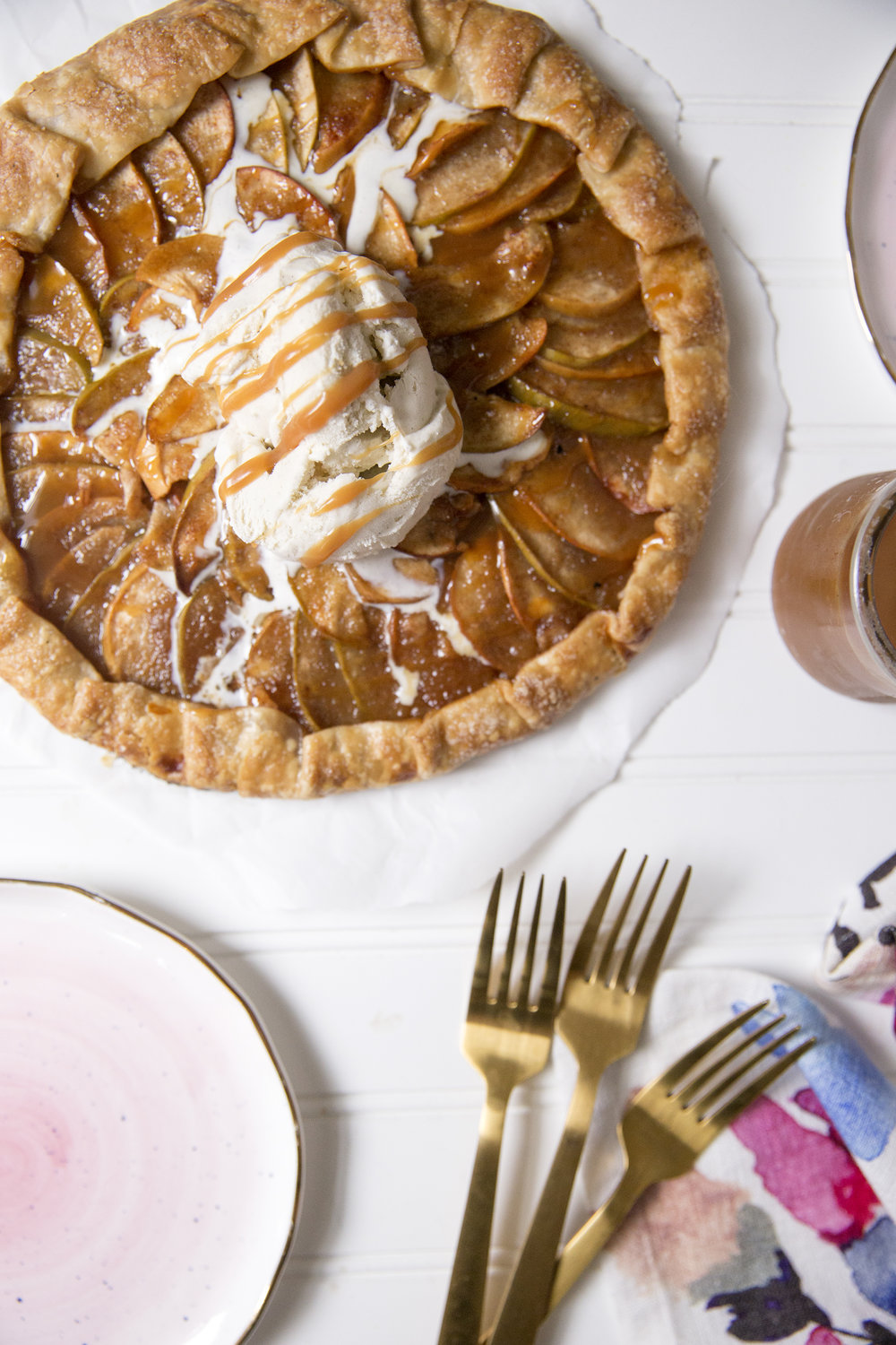 Caramel Apple Galette via UnusuallyLovely.com