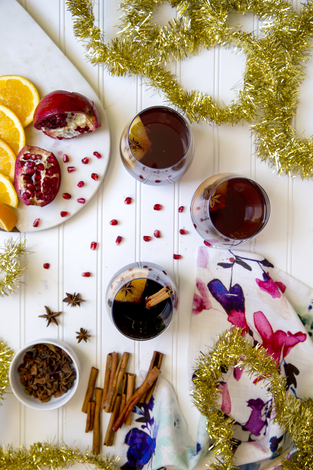 Warm Mulled Wine for all your holiday parties! Get the recipe on Unusually Lovely Blog