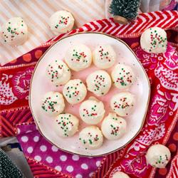 white chocolate cheesecake truffles