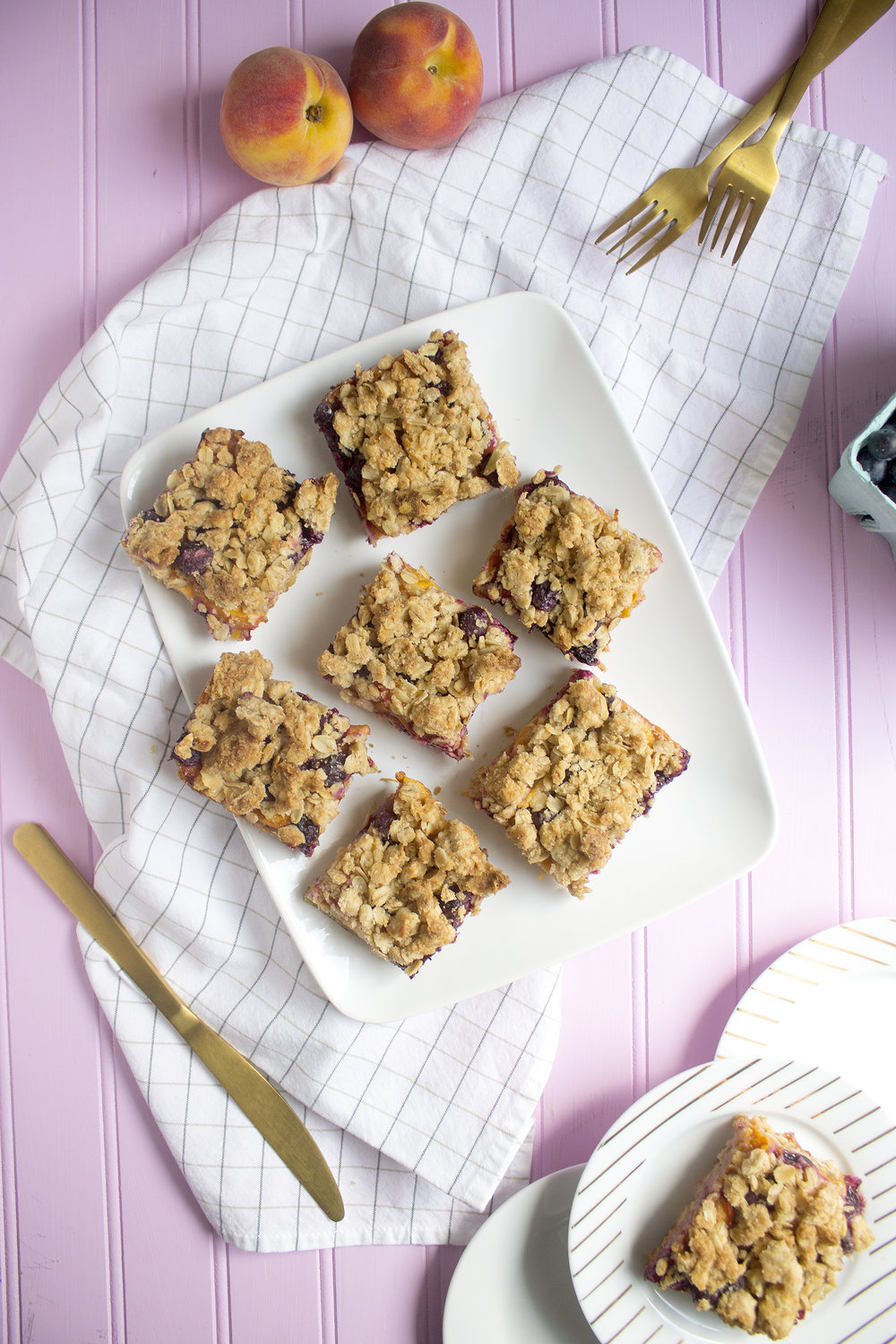 Get the recipe for these Peach Blueberry Bars via Unusuallylovely.com