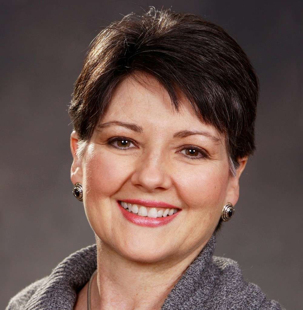 Lisa Buffaloe October 2012 headshot