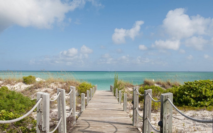 4206-2012-06-pathway-to-the-beach-at-the-parrot-cay-and-como-shambhala-retreat-turks-and-caicos.jpg