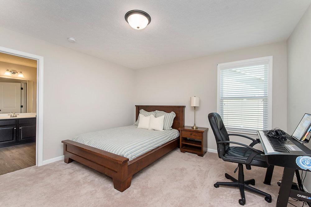 24_Bedroom 3.jpg