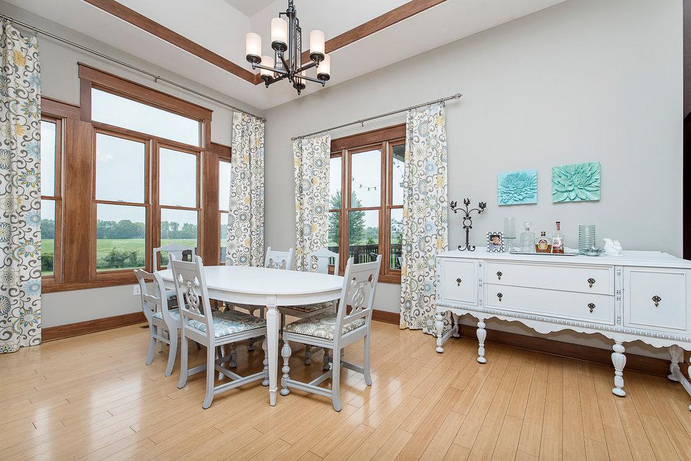 18_Dining Room.jpg