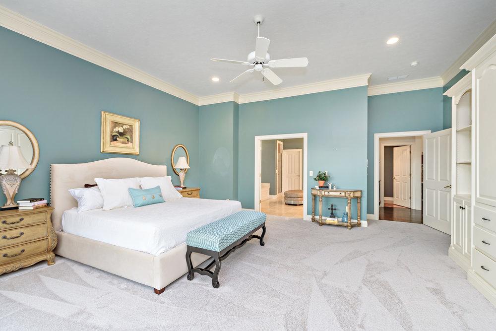 12_Master Bedroom.jpg