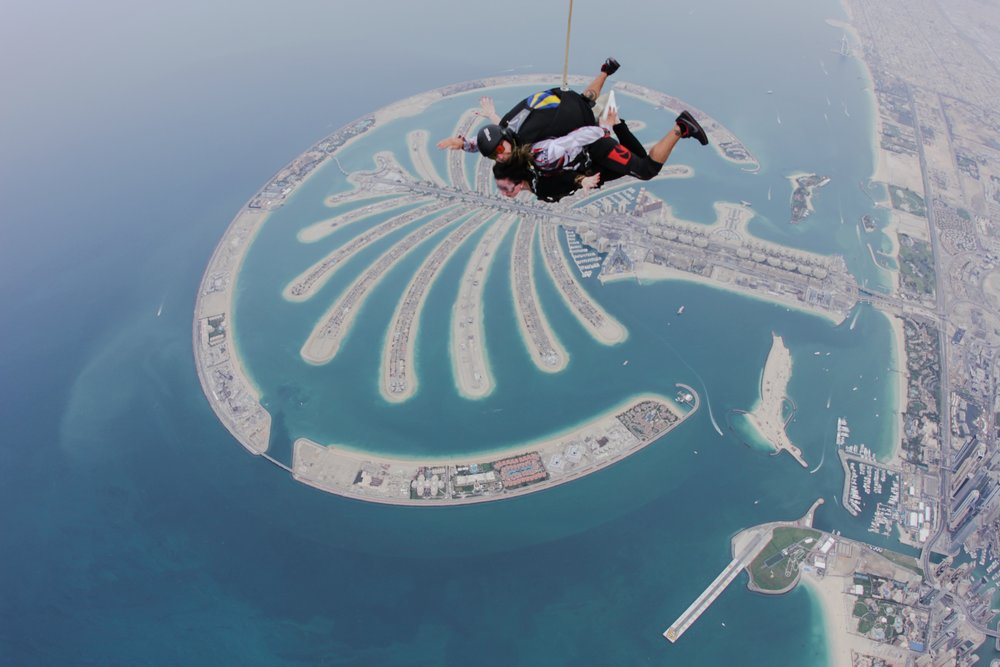 SKYDIVE • DUBAI, UAE PHOTOGRAPHER: SKYDIVE DUBAI TEAM