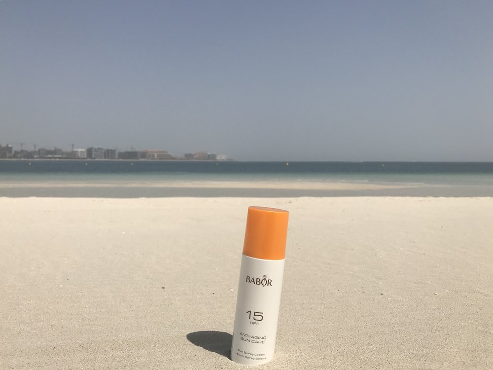LULU BEACH • DUBAI, UAE PHOTOGRAPHER:  [iamvalmira]